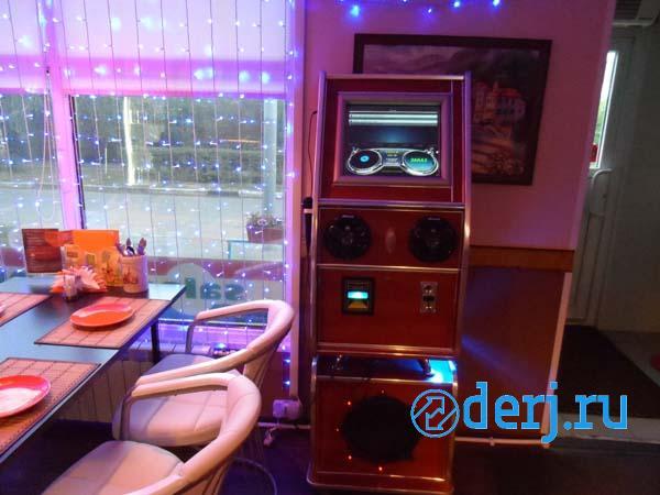 Сенсорный музыкальный автомат La Bomba, МОСКВА